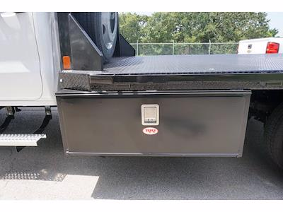 2021 Chevrolet Silverado 5500 Crew Cab DRW 4x2, CM Truck Beds RD Model Platform Body #212396 - photo 8