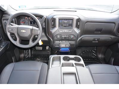 2021 Silverado 3500 Crew Cab AWD, CM RD 9FT GOOSENECK #212396A1 - photo 29
