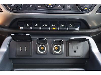 2018 Chevrolet Silverado 1500 Crew Cab 4x4, Pickup #212433B1 - photo 12