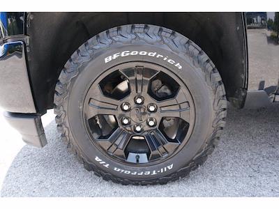 2018 Chevrolet Silverado 1500 Crew Cab 4x4, Pickup #212433B1 - photo 20
