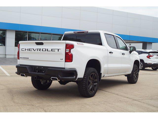 2021 Chevrolet Silverado 1500 Crew Cab 4x4, Pickup #212457 - photo 4