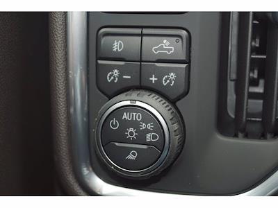 2021 Chevrolet Silverado 1500 Crew Cab 4x4, Pickup #212457 - photo 16