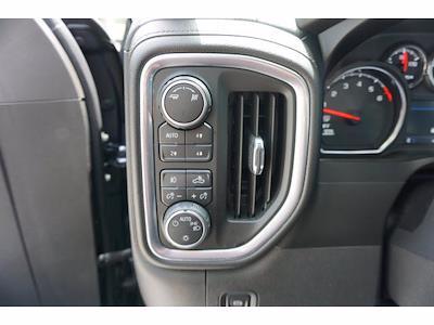 2019 Chevrolet Silverado 1500 Crew Cab 4x4, Pickup #212492A1 - photo 13