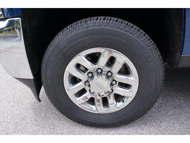 2019 Chevrolet Silverado 2500 Crew Cab 4x4, Pickup #212500A1 - photo 20
