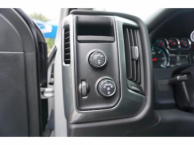 2017 Chevrolet Silverado 1500 Crew Cab 4x4, Pickup #212503A1 - photo 11