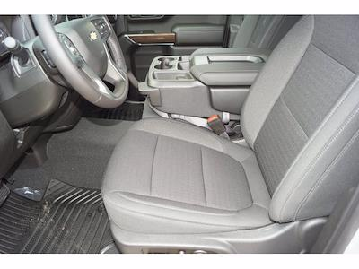 2021 Chevrolet Silverado 1500 Crew Cab 4x2, Pickup #212753 - photo 19