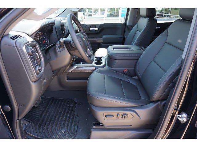 2021 Chevrolet Silverado 1500 Crew Cab 4x4, Pickup #212897 - photo 8