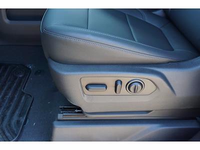 2021 Chevrolet Silverado 1500 Crew Cab 4x4, Pickup #212897 - photo 17