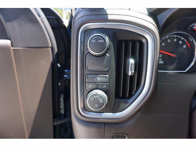 2021 Chevrolet Silverado 1500 Crew Cab 4x2, Pickup #212939A1 - photo 13