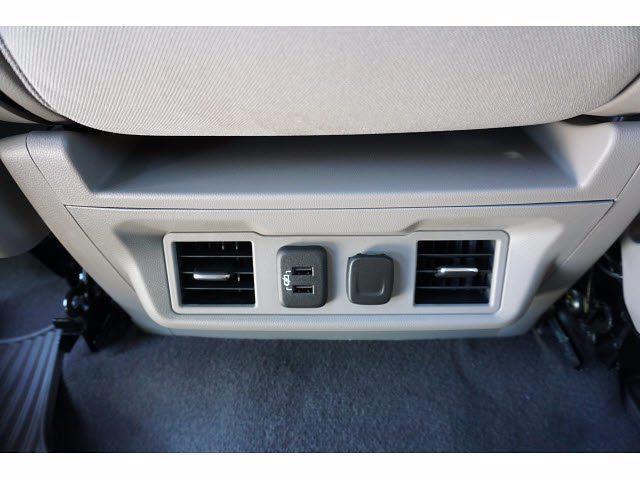 2021 Chevrolet Silverado 1500 Crew Cab 4x2, Pickup #212939A1 - photo 16