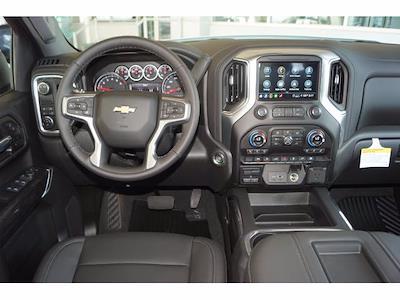 2021 Chevrolet Silverado 1500 Crew Cab 4x2, Pickup #213002 - photo 5