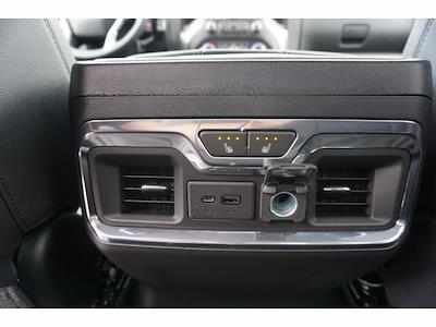 2021 Chevrolet Silverado 1500 Crew Cab 4x2, Pickup #213034 - photo 16