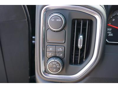2021 Chevrolet Silverado 1500 Crew Cab 4x2, Pickup #213037 - photo 12
