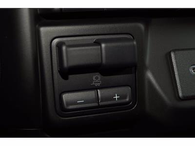 2021 Chevrolet Silverado 1500 Crew Cab 4x4, Pickup #213086 - photo 14