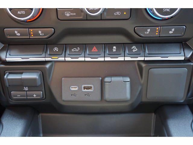 2021 Chevrolet Silverado 1500 Crew Cab 4x4, Pickup #213108 - photo 11