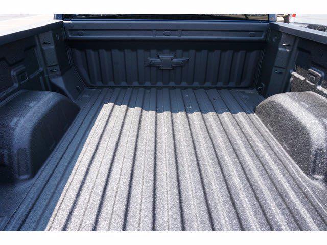 2021 Chevrolet Silverado 1500 Crew Cab 4x4, Pickup #213108 - photo 19