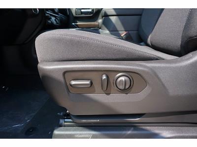 2021 Chevrolet Silverado 1500 Crew Cab 4x4, Pickup #213108 - photo 17