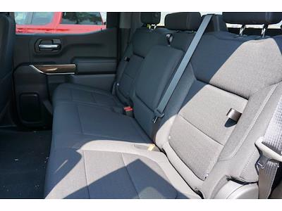 2021 Chevrolet Silverado 1500 Crew Cab 4x4, Pickup #213108 - photo 9