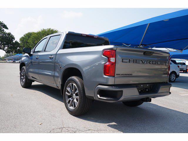 2021 Chevrolet Silverado 1500 Crew Cab 4x2, Pickup #213128 - photo 2