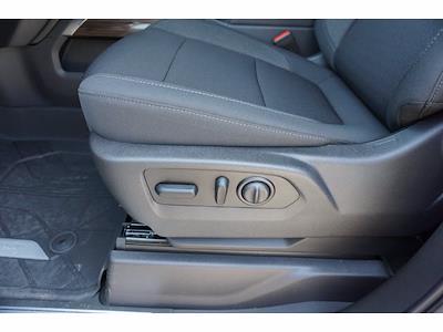 2021 Chevrolet Silverado 1500 Crew Cab 4x2, Pickup #213128 - photo 18