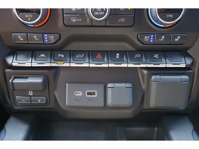2021 Chevrolet Silverado 1500 Crew Cab 4x4, Pickup #213137 - photo 13
