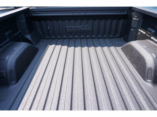 2021 Chevrolet Silverado 1500 Crew Cab 4x4, Pickup #213137 - photo 19