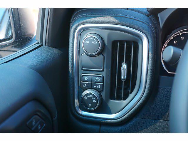 2021 Chevrolet Silverado 1500 Crew Cab 4x2, Pickup #213139 - photo 17
