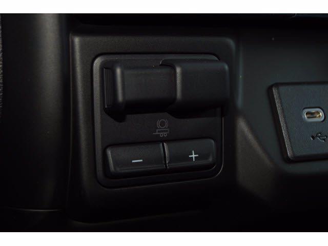 2021 Chevrolet Silverado 1500 Crew Cab 4x4, Pickup #213142 - photo 14