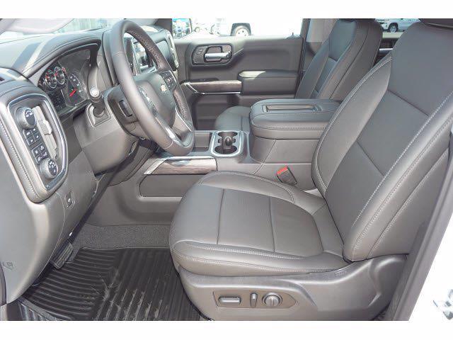 2021 Chevrolet Silverado 1500 Crew Cab 4x4, Pickup #213142 - photo 19