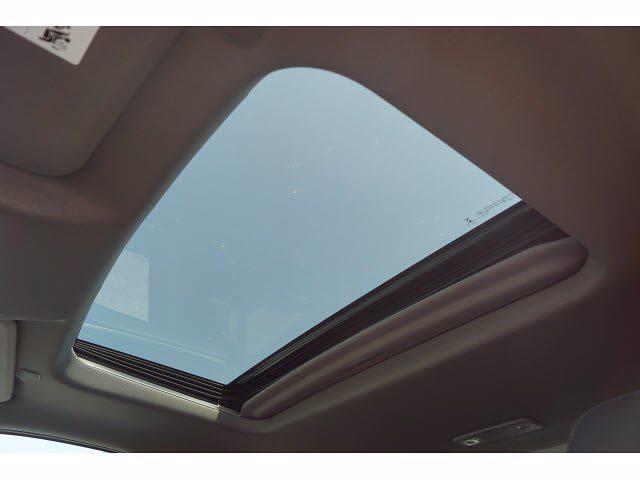 2021 Chevrolet Silverado 1500 Crew Cab 4x4, Pickup #213142 - photo 6