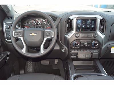 2021 Chevrolet Silverado 1500 Crew Cab 4x4, Pickup #213142 - photo 5
