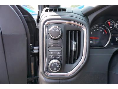 2021 Chevrolet Silverado 1500 Crew Cab 4x4, Pickup #213156 - photo 12