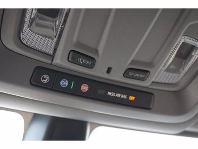 2021 Chevrolet Silverado 1500 Crew Cab 4x4, Pickup #213156 - photo 18
