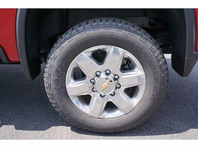2021 Chevrolet Silverado 2500 Crew Cab 4x4, Pickup #213164 - photo 19