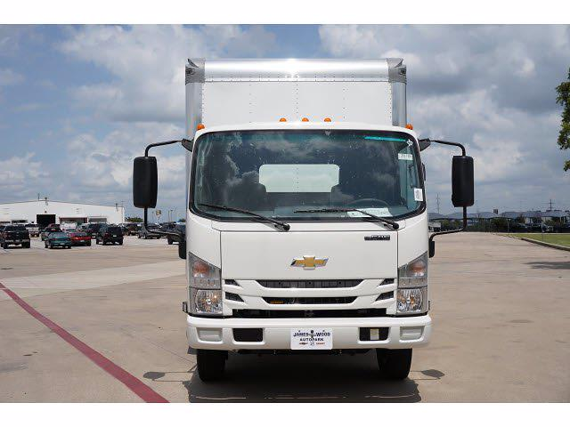 2021 LCF 4500 Regular Cab 4x2,  Morgan Truck Body Gold Star Dry Freight #213165 - photo 3