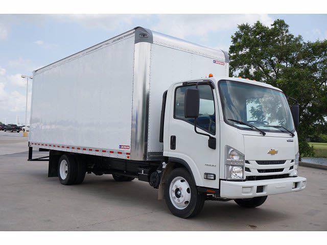 2021 LCF 4500 Regular Cab 4x2,  Morgan Truck Body Gold Star Dry Freight #213166 - photo 4