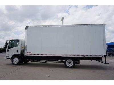 2021 LCF 4500 Regular Cab 4x2,  Morgan Truck Body Gold Star Dry Freight #213166 - photo 8