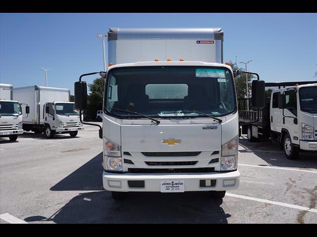 2021 LCF 4500 Regular Cab 4x2,  Morgan Truck Body Gold Star Dry Freight #213167 - photo 3