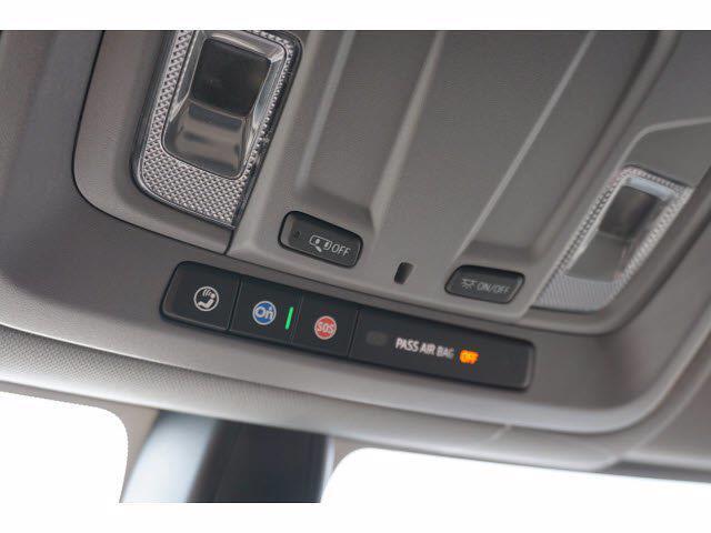 2021 Chevrolet Silverado 1500 Crew Cab 4x4, Pickup #213175 - photo 12