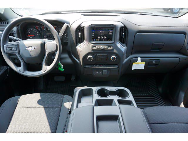 2021 Chevrolet Silverado 1500 Crew Cab 4x4, Pickup #213175 - photo 7
