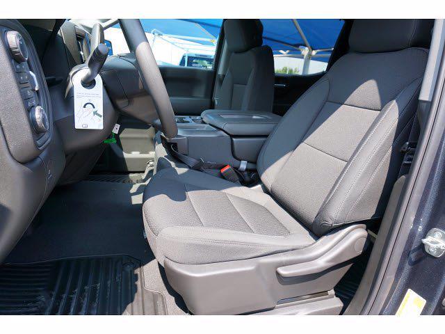 2021 Chevrolet Silverado 1500 Crew Cab 4x4, Pickup #213175 - photo 8