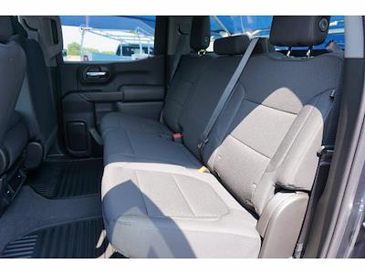 2021 Chevrolet Silverado 1500 Crew Cab 4x4, Pickup #213175 - photo 9