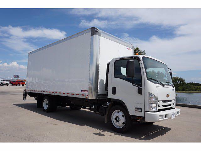 2021 LCF 4500 Regular Cab 4x2,  Morgan Truck Body Dry Freight #213325 - photo 4