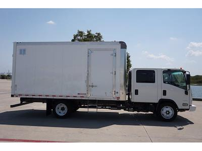 2021 LCF 4500 Crew Cab 4x2,  Morgan Truck Body Dry Freight #213433 - photo 5