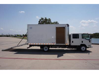 2021 LCF 4500 Crew Cab 4x2,  Morgan Truck Body Dry Freight #213433 - photo 9