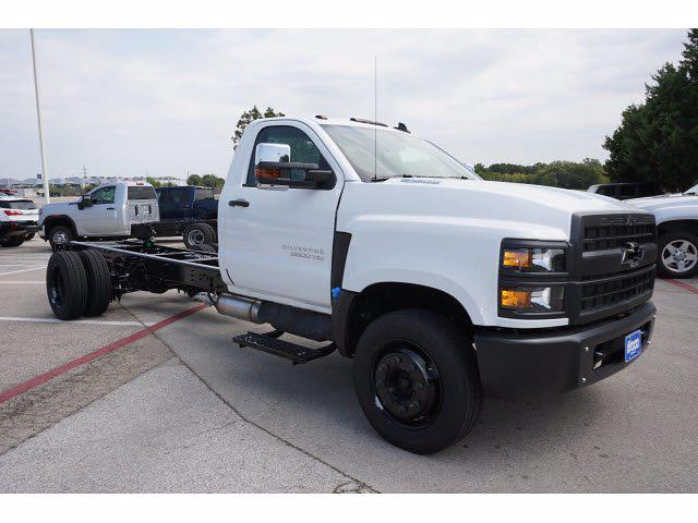 2021 Silverado 5500 Regular Cab DRW 4x2,  Cab Chassis #213441 - photo 4