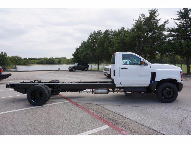 2021 Silverado 5500 Regular Cab DRW 4x2,  Cab Chassis #213441 - photo 5