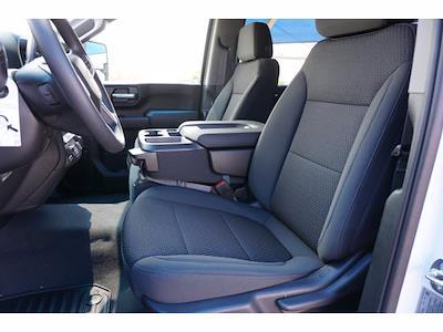 2021 Chevrolet Silverado 2500 Crew Cab 4x4, Pickup #213957 - photo 6