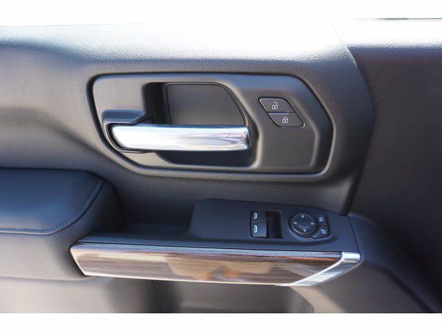 2022 Silverado 3500 Regular Cab AWD,  Cab Chassis #220046 - photo 18