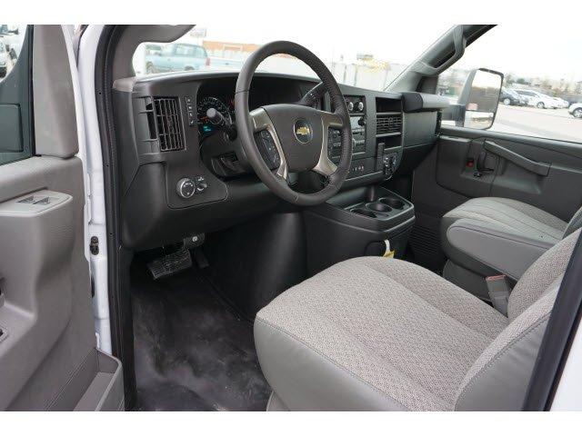 2019 Express 3500 4x2, Supreme Iner-City Cutaway Van #291119 - photo 5